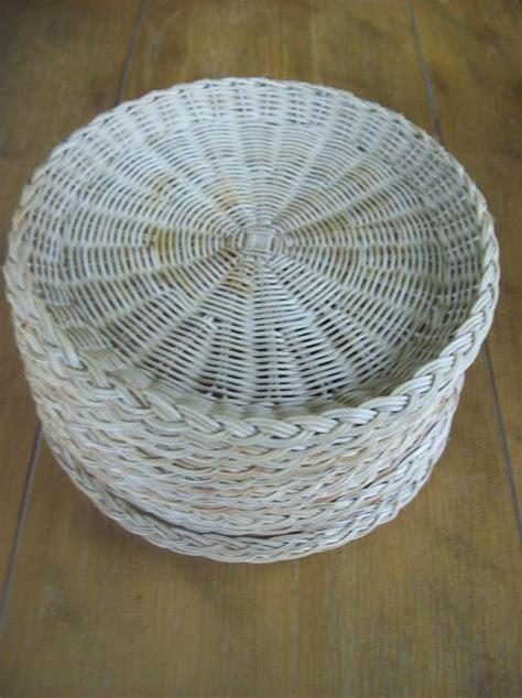 lot   rattan paper plate holders