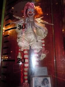 Poltergeist clown doll prop | MONSTERS 1. ⋘⋙ | Pinterest ...
