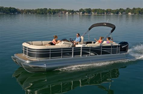 Luxury Pontoon Boats Bennington by 25 Best Ideas About Luxury Pontoon Boats On