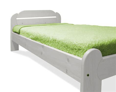 Bescheiden Bett Dekoration Braun Betten Holz Wei Trendy Betten Braun Flein Schn Bett
