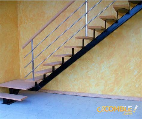 c un comble escalier en angle