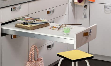 table de cuisine escamotable table et chaises comment aménager le coin repas dans la