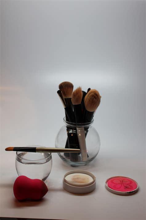 clean  beauty blender  blendercleanser solid