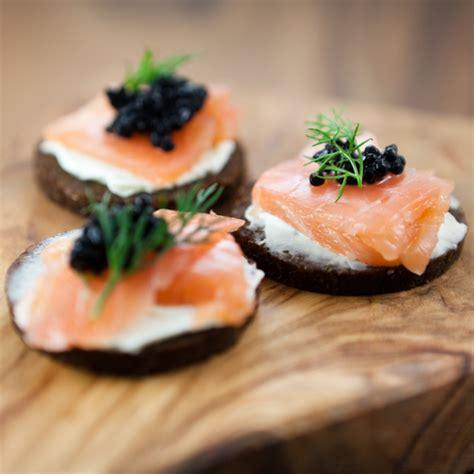 canapés de saumon fumé châtelaine