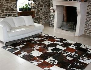 Peau De Mouton Maison Du Monde : tapis patchwork en peau de vache normande ~ Teatrodelosmanantiales.com Idées de Décoration