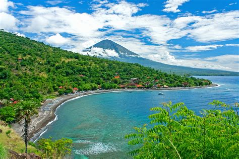 luxury bali resorts amed bali 39 s coast less travelled international traveller