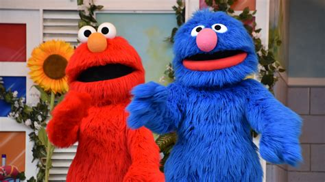 Building healthy eating habits in kids takes time, patience, and persistence. Sesame Street and the Cookie Monster Bakery - haven magazine