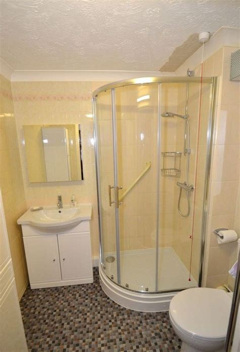 wonderful corner showers  small bathrooms picture