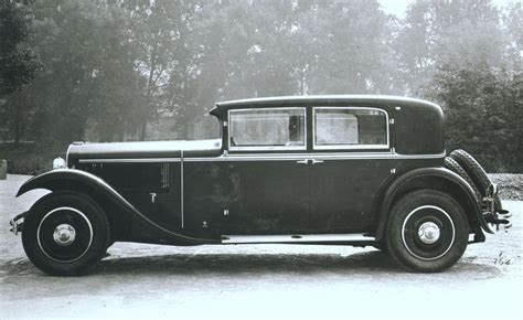 History Of Lancia Dilambda 1928 1935 Speeddoctornet