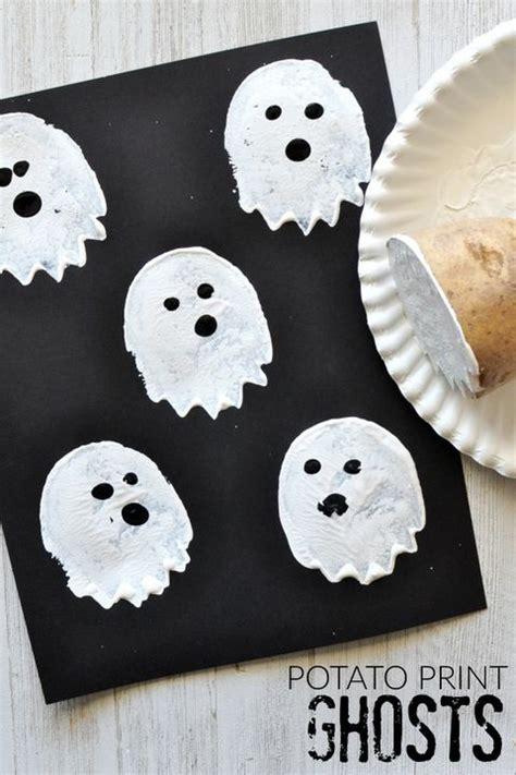 halloween crafts  preschoolers halloween