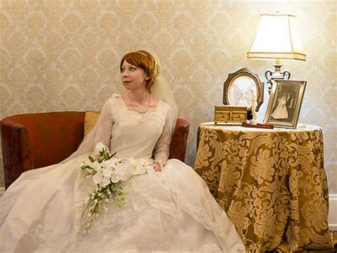 Bride Wears Great-grandmother's 1910 Wedding Dress In