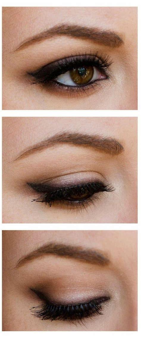 Fard A Paupiere Yeux Marron Le Maquillage Pour Yeux Marron 51 Id 233 Es En Photos Et Vid 233 Os