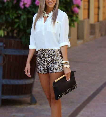 Perfect Outfit For Those Hot Summer Nights | Classic Chic