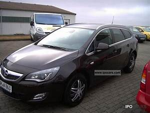 Opel Astra J Sports Tourer 1 4 Turbo : 2012 opel astra sports tourer 1 4 turbo innovation car ~ Kayakingforconservation.com Haus und Dekorationen
