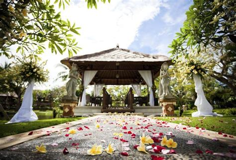 discover   destination wedding locations