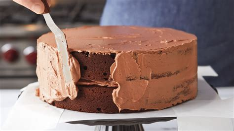chocolate swiss meringue buttercream