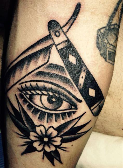 Old School Tattoo Elaxsir