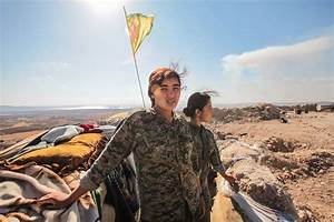 """The Kurdish female soldiers fighting ISIS: """"I like that ..."""