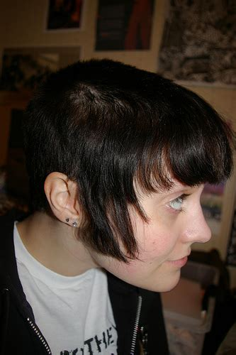 This cut is one where all of the hair on the sides and back of the head is this was adopted by women in great britain who staffed the factories in the chelsea area during. On 90's style: chelsea cuts, braces and doc martins. (dye ...