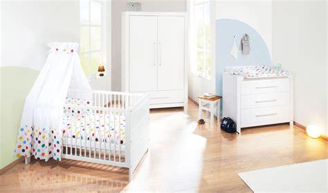 chambre bébé lola chambre b 233 b 233 puro massif lasur 233 blanc avec armoire