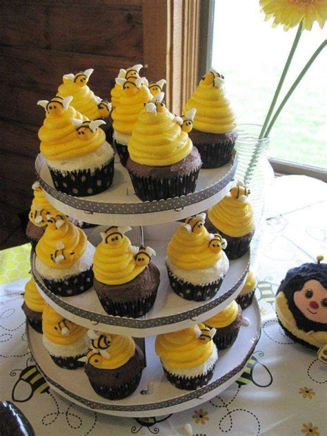 bumble bee birthday party ideas cupcakes bumble bee