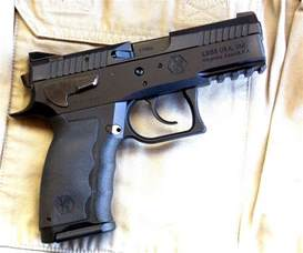 Sphinx 9Mm Pistol