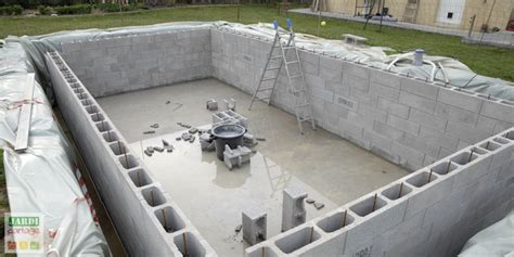 faire sa cuisine soi meme comment construire une piscine creusée maçonnée