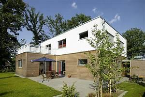Bungalow 200 Qm : bauhaus einfamilienhaus ab 200 qm die neuesten innenarchitekturideen ~ Markanthonyermac.com Haus und Dekorationen