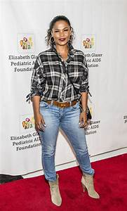 NIA LONG at 28th Annual A Time for Heroes Family Festival ...