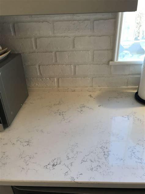 quartz countertops  calacatta vicenza  eased edge