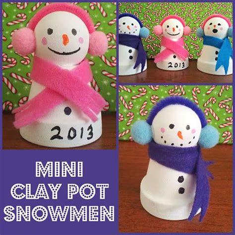 easy diy mini clay pot snowmen craft can make espa 241 ol