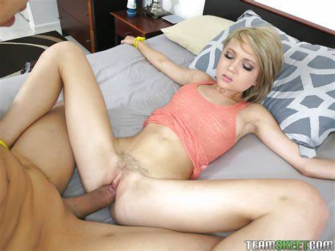 Slut Skinny Stretched In The Balcony Ripe Window Ugly Can Her Taut Slit Crack With A