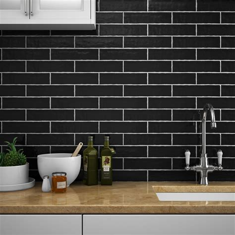 mileto black gloss ceramic wall tile   mm pack