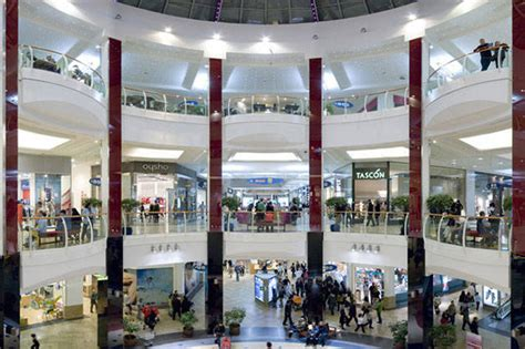 acheter cuisine pas cher shopping les centres commerciaux de barcelone