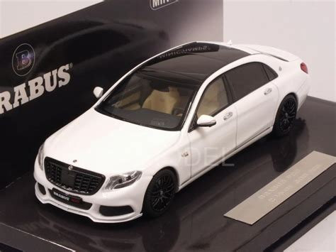 The vehicle has 900 hp engine. MINICHAMPS 437035421 Maybach Brabus 900 (Mercedes Maybach S600) 2016 (White) 1/43