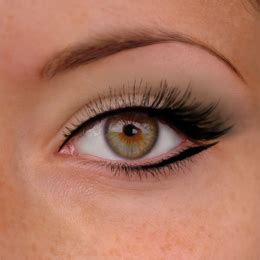 eye liner en pot comment avoir des yeux en amande maquillage et beaut 233 conseils et techniques maquillage