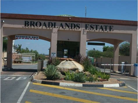 land  sale  broadlands  zar  remax