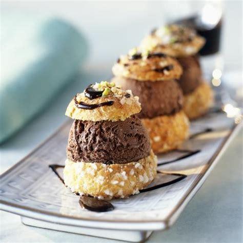 recette cuisine gastronomique profiteroles au chocolat cuisine plurielles fr