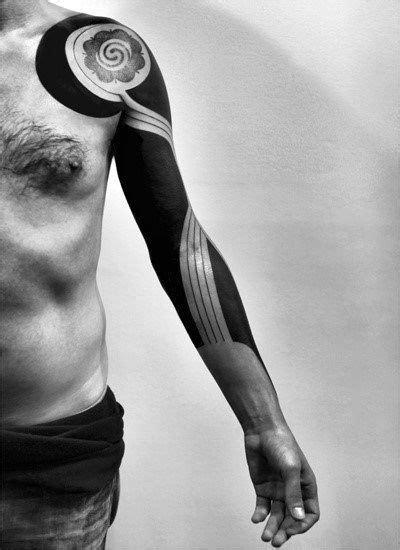 75 Blackwork Tattoo Designs For Men - Bold Masculine Ink | Tattoo designs men, Tattoos, Black