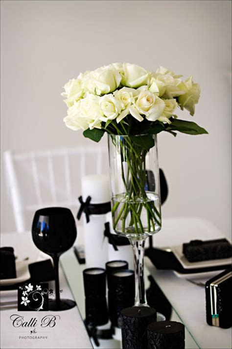 black and white floral centerpieces black white tablescapes and centerpieces reception project wedding forums