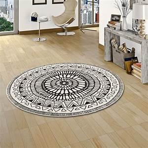 Teppich Schwarz Weiß : designer teppich sevilla mandala schwarz weiss rund ~ A.2002-acura-tl-radio.info Haus und Dekorationen