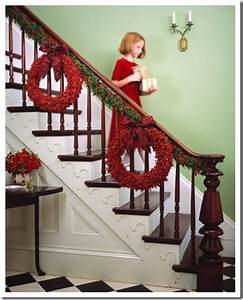 Holiday Staircase C R A F T