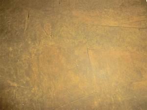 stein tapete schiefer optik gold messing metallic mit With balkon teppich mit tapete rost