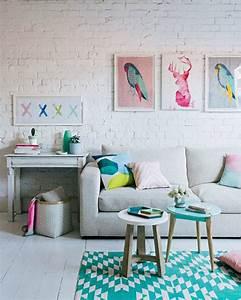 un coussin a motif graphique dans ma deco With tapis kilim avec grand coussin rectangulaire pour canapé