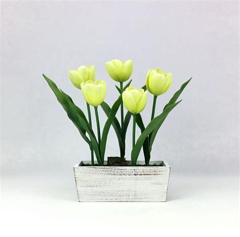 ดอกไม้ประดิษฐ์ ดอกทิวลิปจัดในกระถางไม้สี่เหลี่ยม สีสวย ...