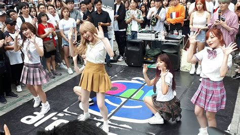 af show japanese kpop group honey popcorn presenting