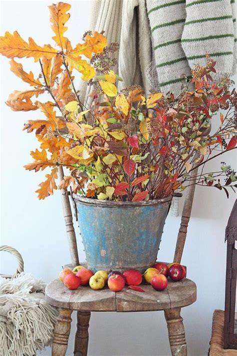 vintage fall leaves decor  bucket homemydesign