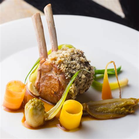 stage de cuisine gastronomique carré d agneau légumes de la ferme de l abbé rozier nos