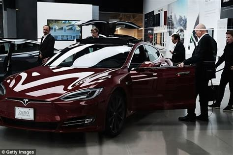 Elon Musk Sends Several Emails To Tesla Staff Saying An