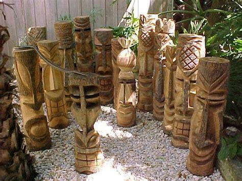Palm Tiki by Carved Florida Palm Tree Tiki Statues